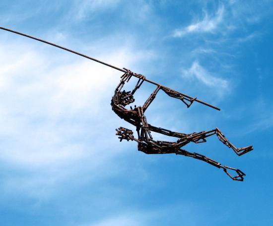sculpture sur perche